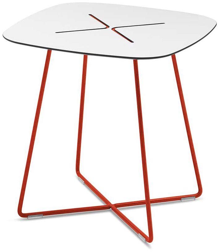 שולחן צד CROSS מתצוגה