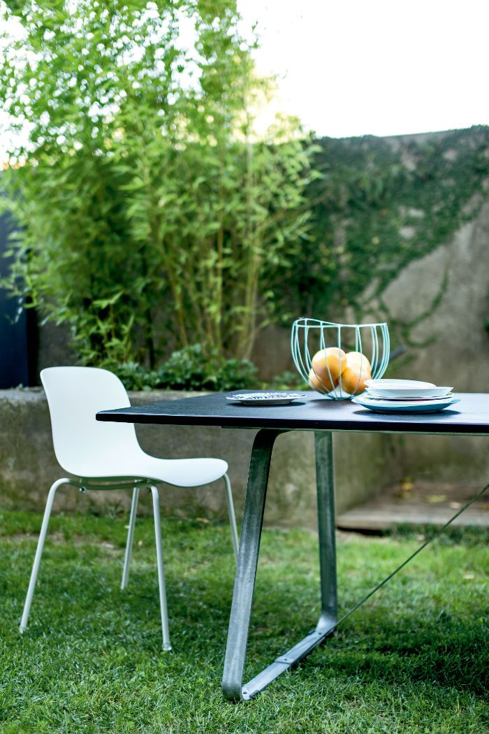 כיסא Troy בעיצובו של מרסל וונדרס למותג MAGIS
