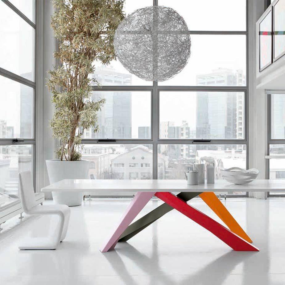 שולחן BIG TABLE מתצוגה