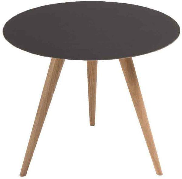 שולחן קפה ARP מתצוגה