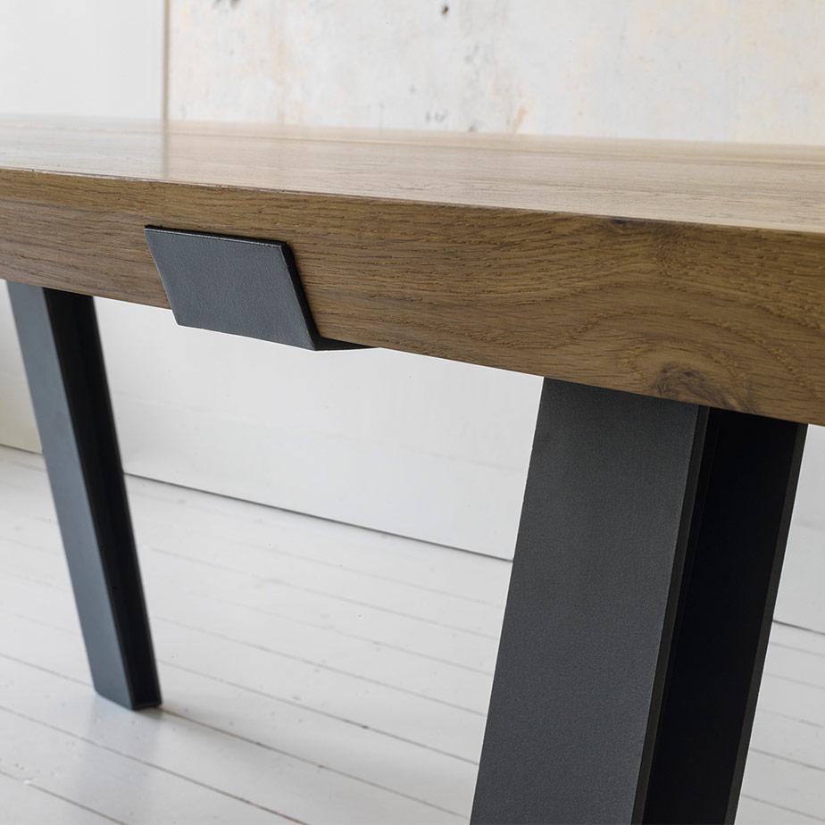 שולחן SIDE TO SIDE