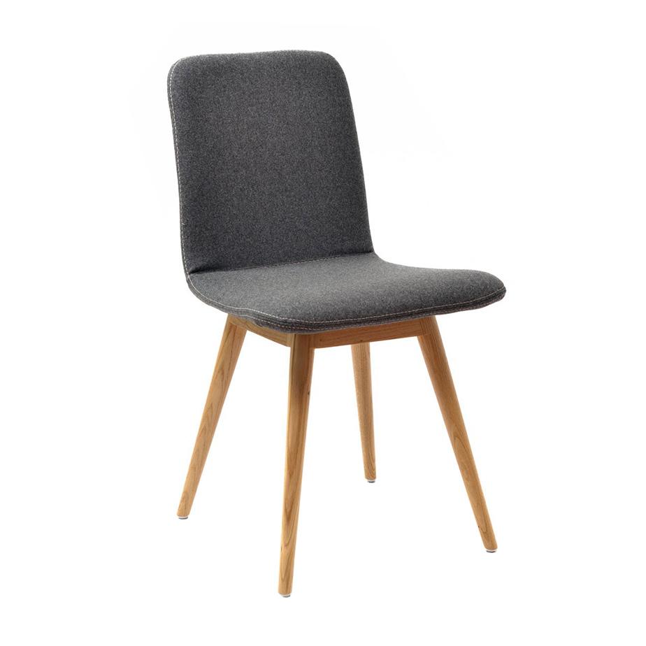 כסא ENA מתצוגה