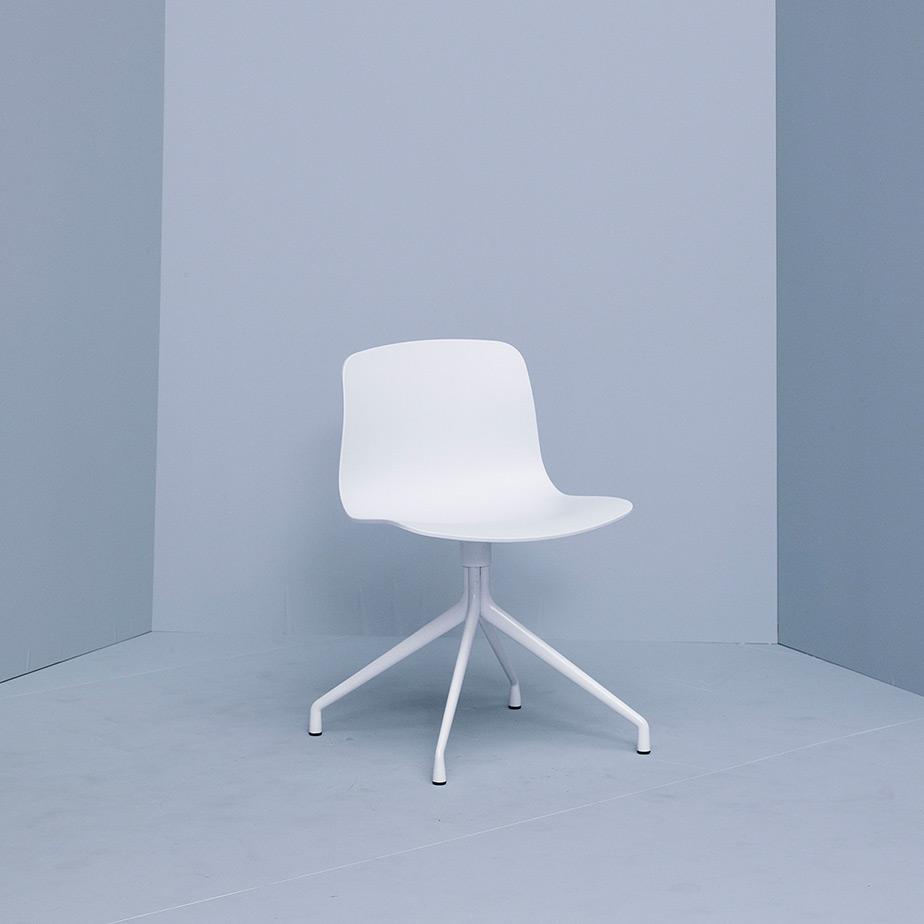 כסא AAC 10