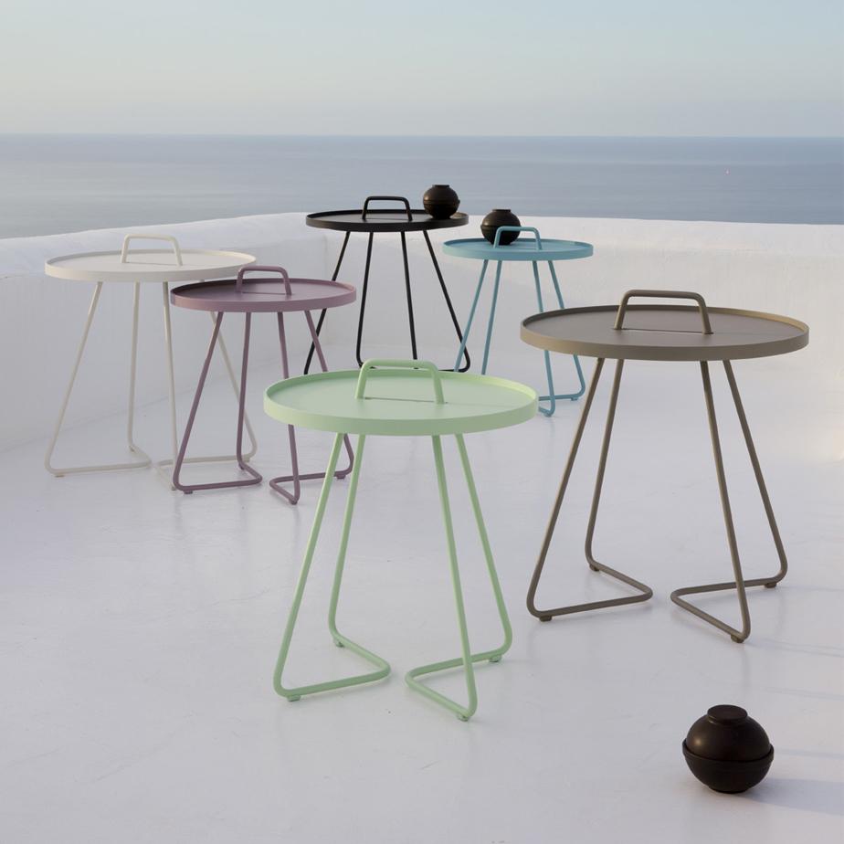 שולחן קפה ON THE MOVE