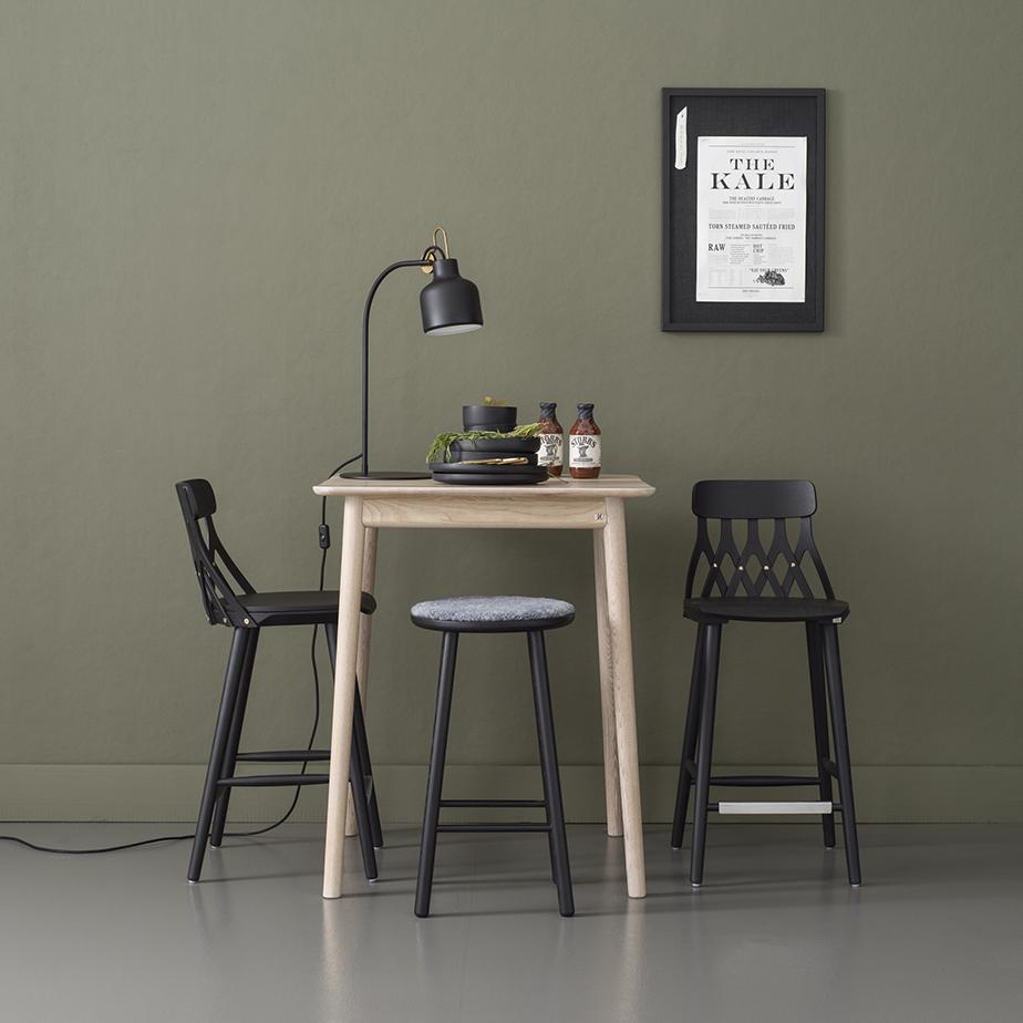 כסא בר Y5 (תצוגה)