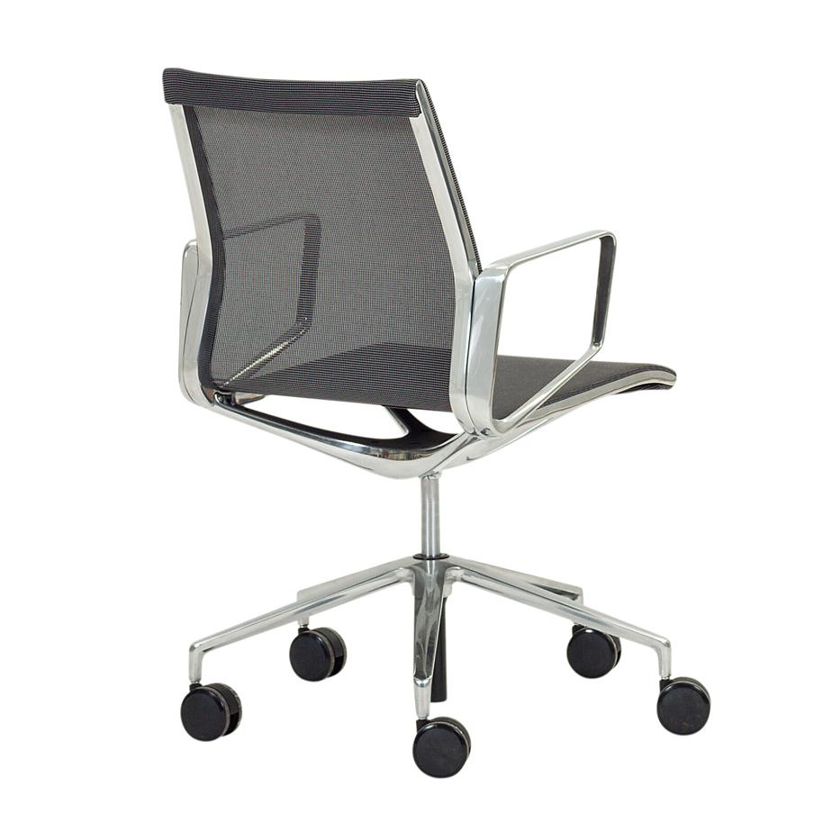 כסא POLYGRAM
