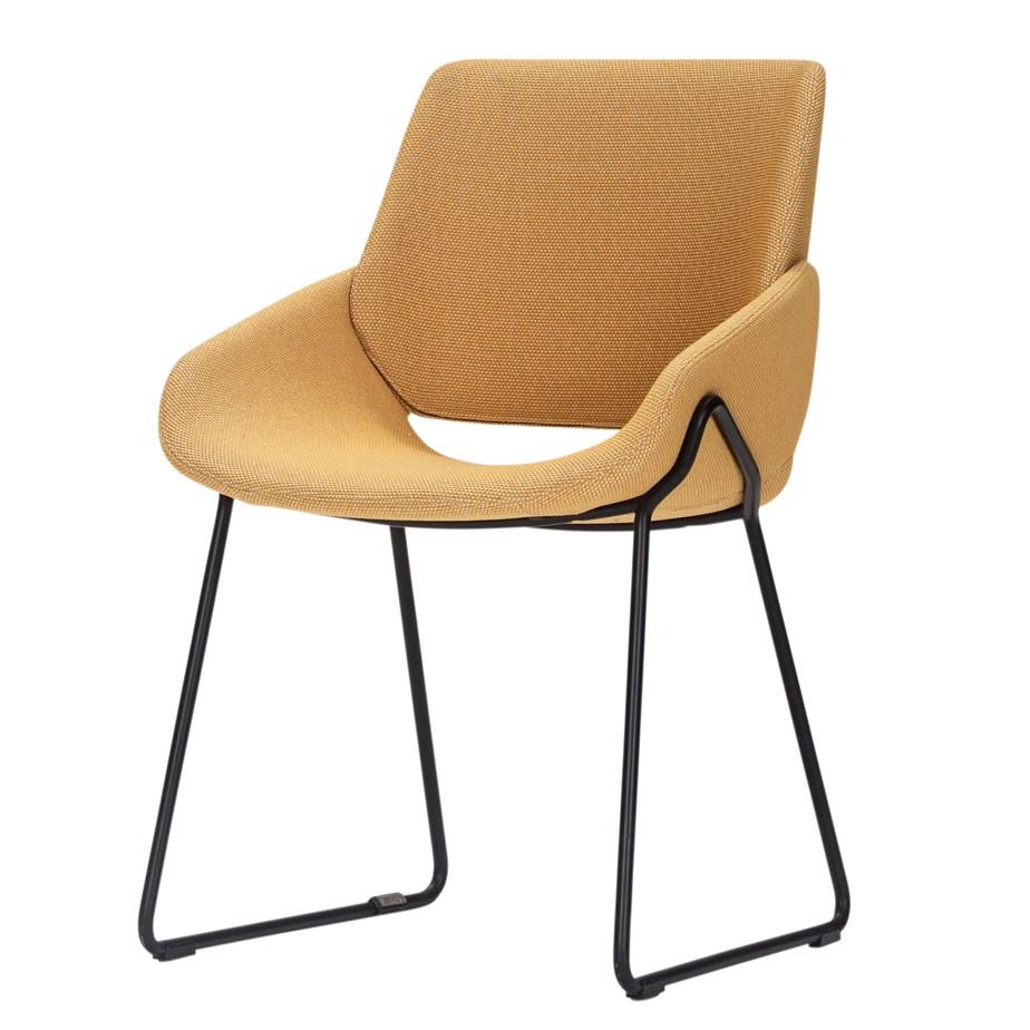 כסא MONK מתצוגה