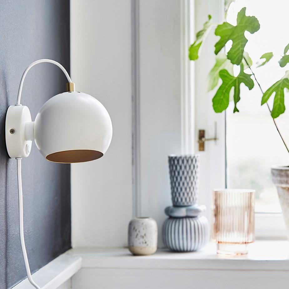 מנורת קיר + מתג BALL