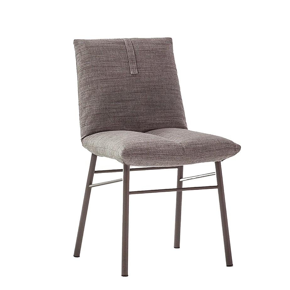 כסא PIL מתצוגה
