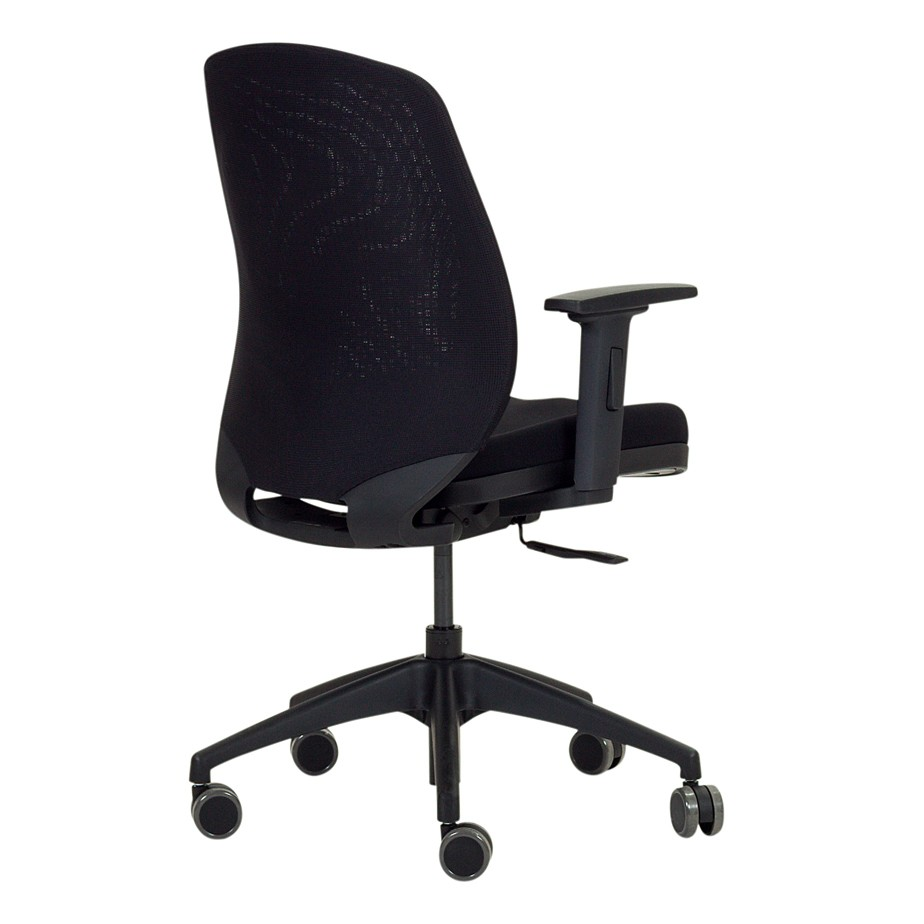כסא ARROW MESH מתצוגה