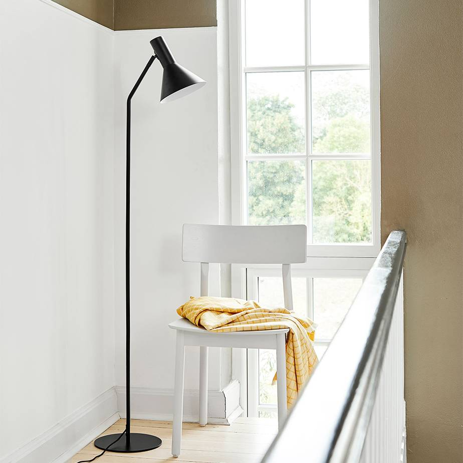 מנורת רצפה LYSS