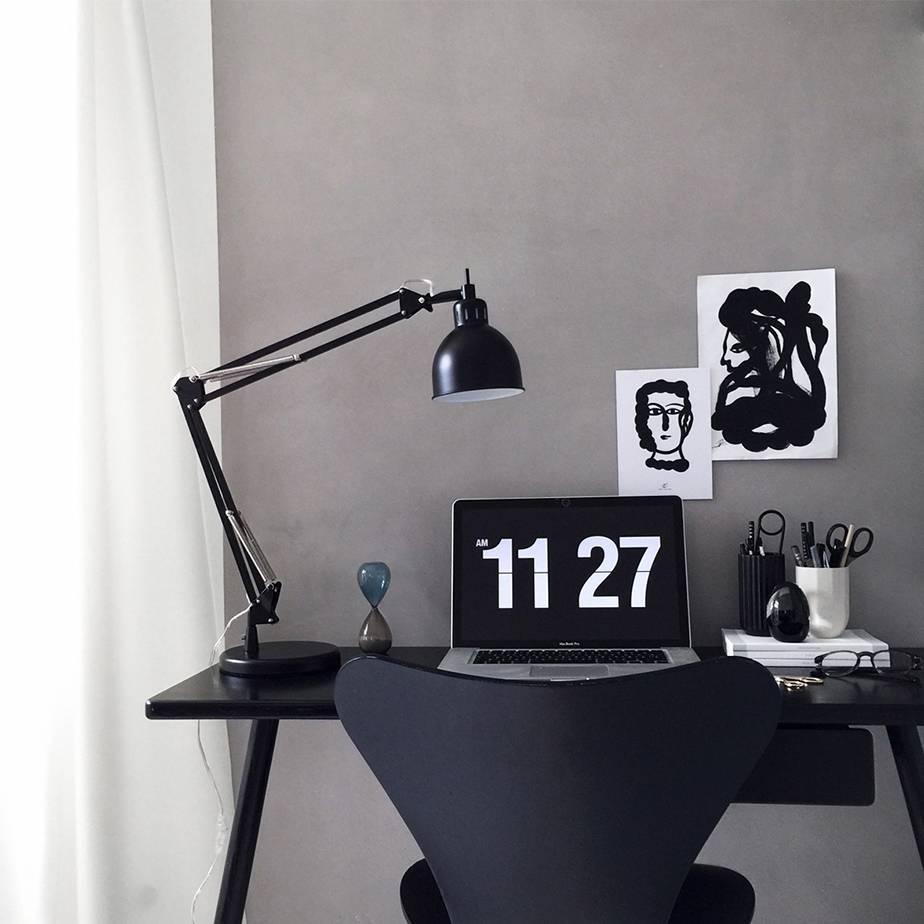 מנורת שולחן JOB