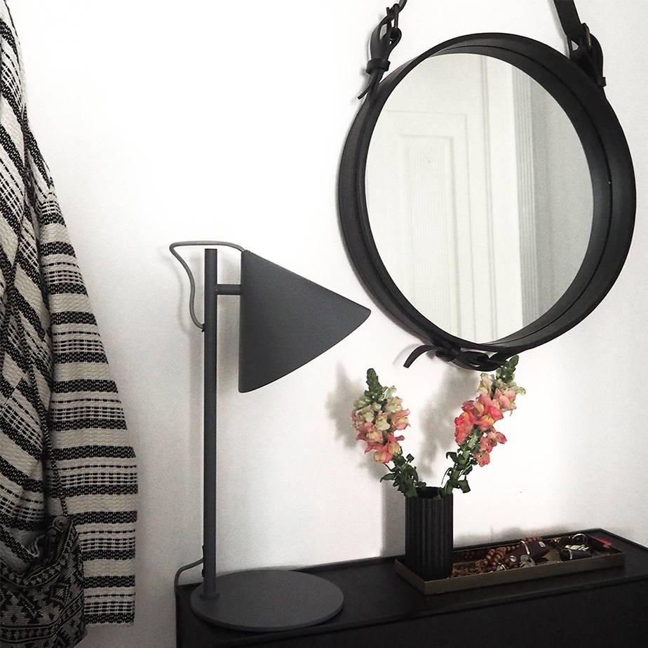 מנורת שולחן BENJAMIN