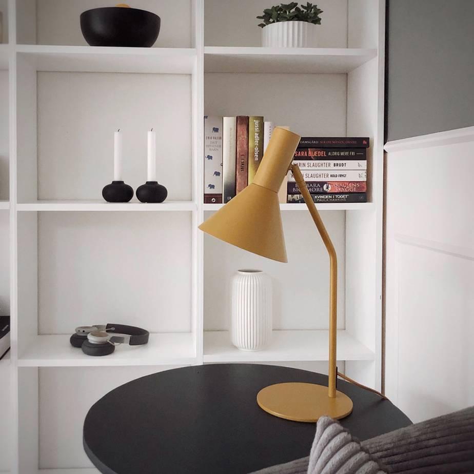 מנורת שולחן LYSS