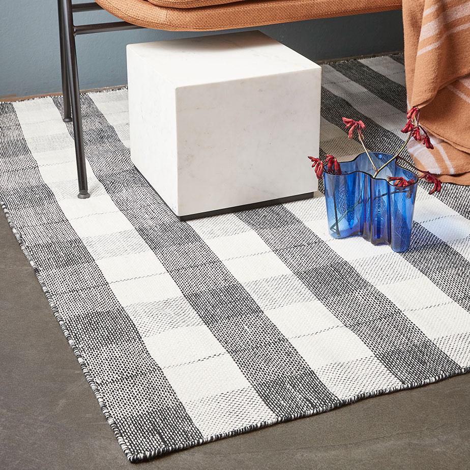 שטיח MATTA-BLACKBOX